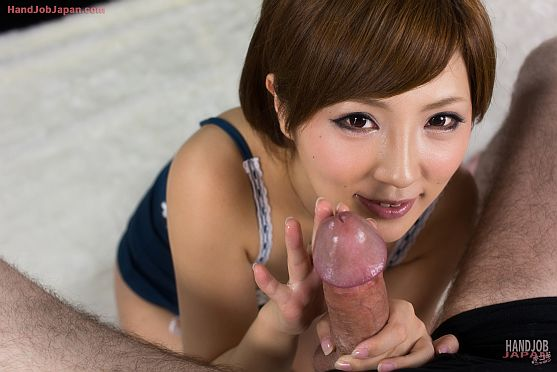 Japanese babe kaede loves wearing silk lingerie during sex - tekokiJapan.com